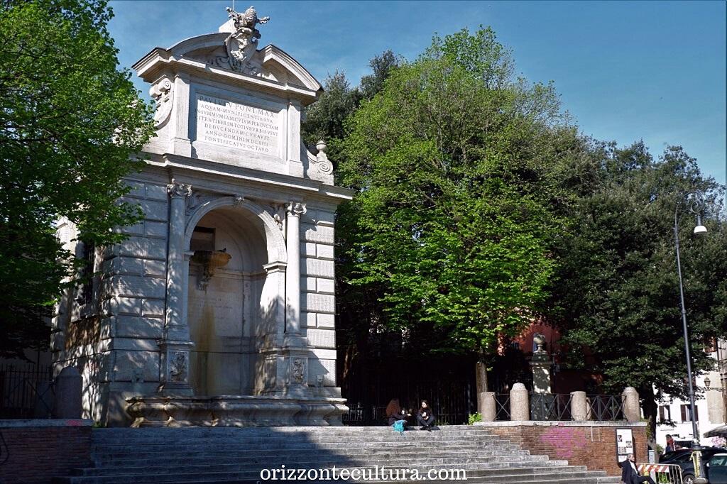 Piazza Trilussa a Trastevere,