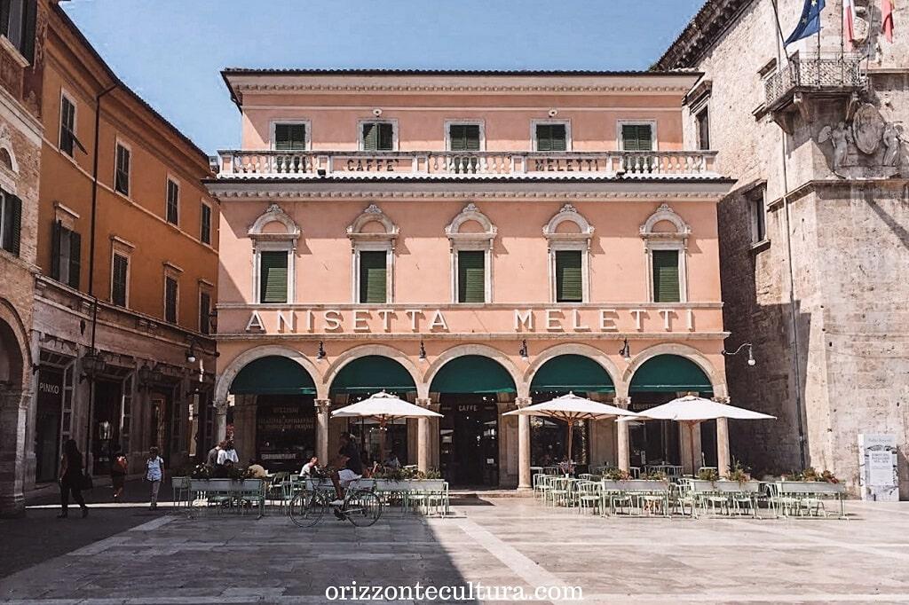 Ascoli Piceno e le sue famose olive, cosa vedere nelle Marche