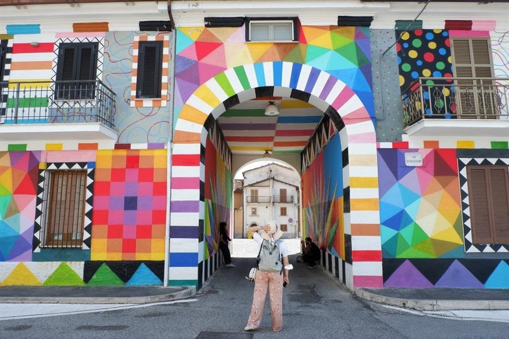 Il murale di Aokuda San Miguel ad Aielli, Aielli borgo murales Abruzzo