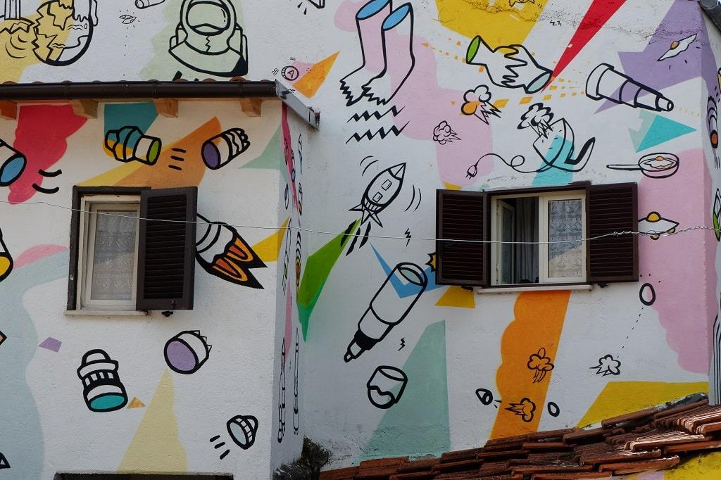 Millo e il suo universo nascosto da scoprire, i murales di Aielli