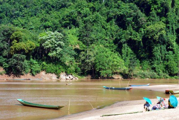 Laos: lungo il Nam Ou in barca