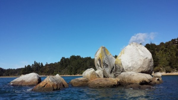 Split apple rock - Abel Tasman National Park