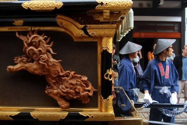 Takayama, preparations around a float storehouse