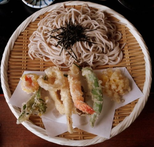 Yamadera, soba fredda e tempura di verdure di montagna