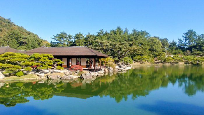 Kikugetsu-tei al giardino Ritsurin