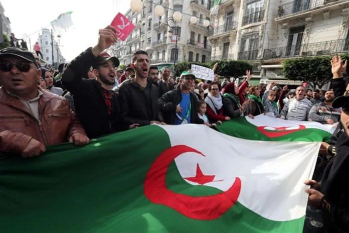 Proteste di piazza prima delle elezioni presidenziali