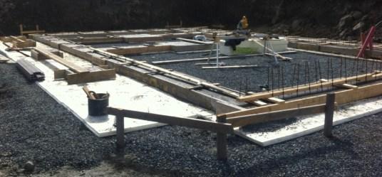 Banketter og kjellervegger i betong