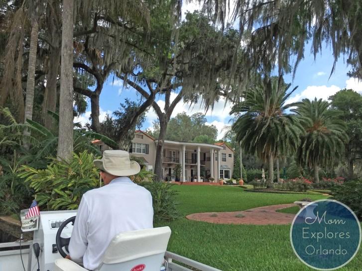 Exploring Vintage Florida: The Winter Park Scenic Boat Tour | Mom Explores Orlando