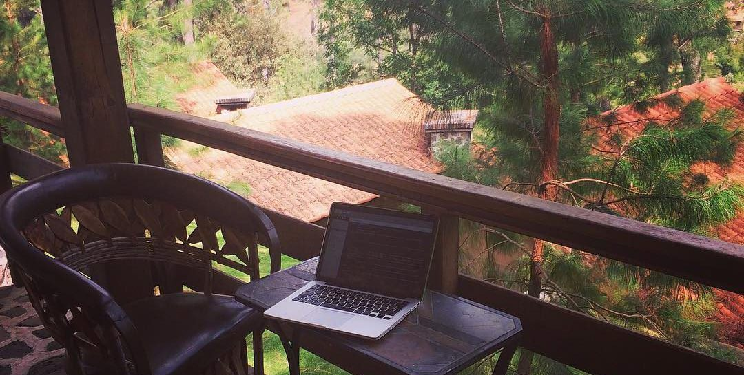 Digital Nomad on the woods yo