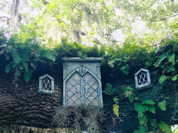Labor Day weekend things to do Orlando - image of Enchanted Fairy Doors at Leu Gardens