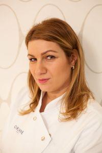 Kateřina Bernáthová eyebrow brown bar úprava obočí praha kosmetický salon