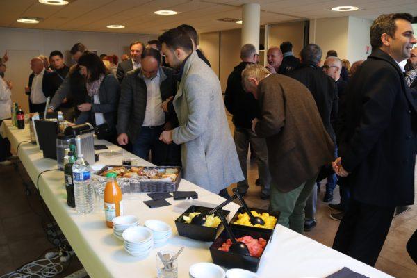 Petit déjeuner au Crédit Agricole Centre Loire - US ...