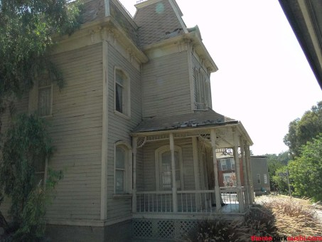 Psycho-House-Universal-Studios-Hollywood