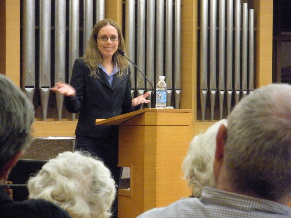 Orly Halpern speaking at Temple Beth Emeth to Ann Arbor Jewish community. Photo: Gregory Fox