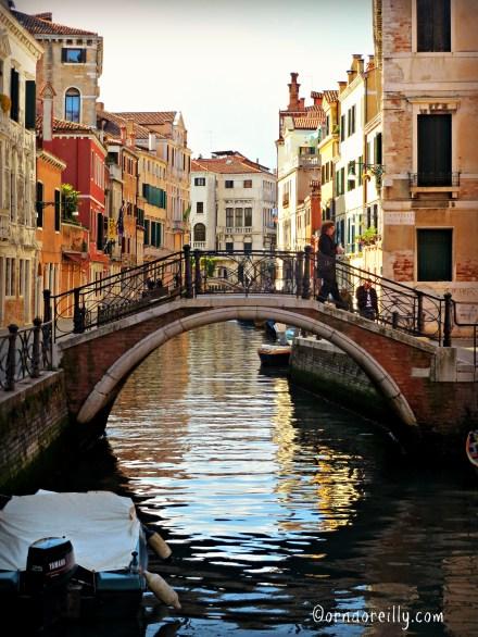 Typical Venetian b ridge