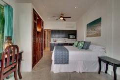 Room 4 01