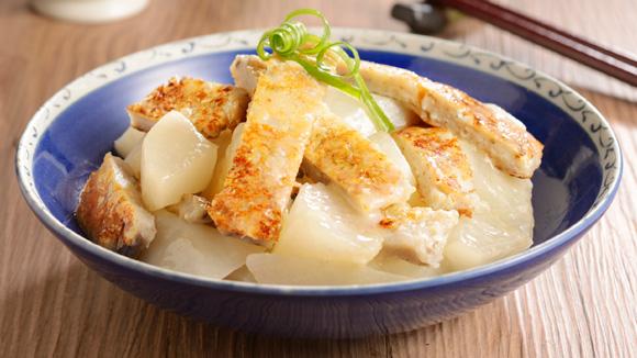 鯪魚肉炆蘿蔔