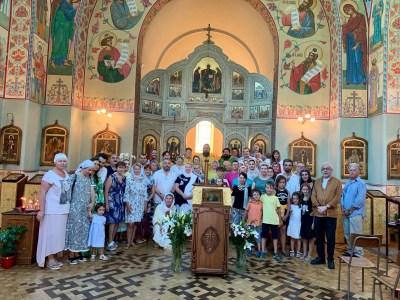 The faithful at the Liturgy of St Seraphim, 2019