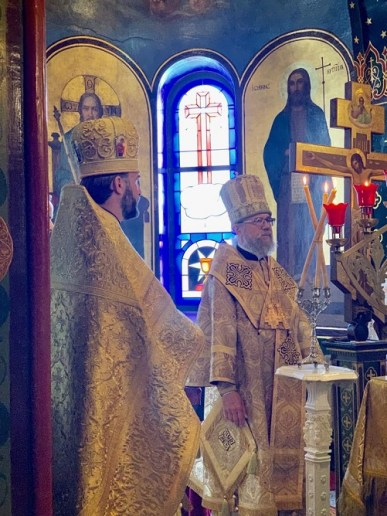 His Eminence Metropolitan Augustine from Ukraine visits the Geneva Cathedral