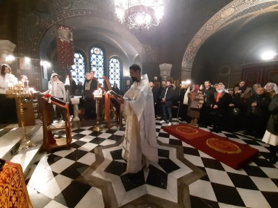 The newly-ordained Priest Aviv intones the Prayer Behind the Amvon