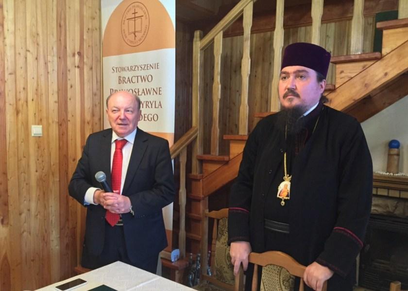 Władyka Jerzy i brat Bazyli na walnym zebraniu Bractwa CiM