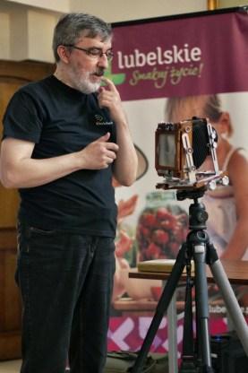 Tadeusz Żaczek prowadzi II część wykładów