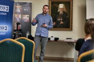 Aleksander Wasyluk prowadzi II część wykładów