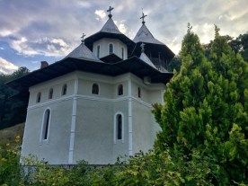 Monasterska cerkiew pw. Istocznik icelenija w Crisan