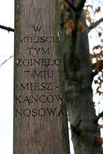Porządkowanie miejsca pamięci we wsi Szpaki