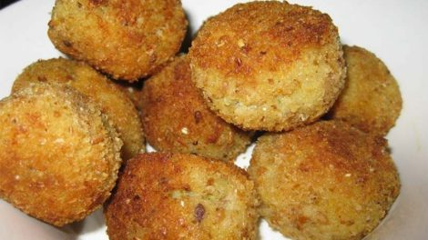Aγιορείτικες μοναστηριακές συνταγές: Ψαροκεφτέδες με μπακαλιάρο