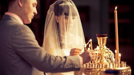 Ο αόρατος πνευματικός πόλεμος που ο διάβολος κάνει στον γάμο