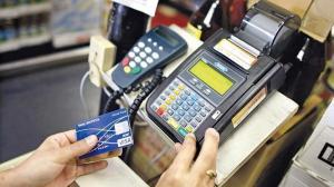 Υποχρεωτικές οι συναλλαγές με πιστωτική κάρτα