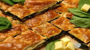 Aγιορείτικες Μοναστηριακές Συνταγές : Μανιταρόπιτα με σπανάκι