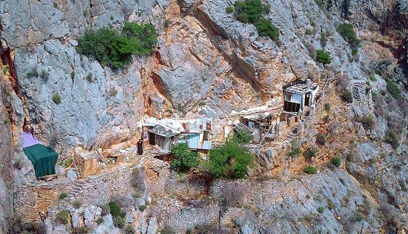 Άγιον Όρος - Καρούλια: Ο γ. Φιλάρετος και ο κλέφτης