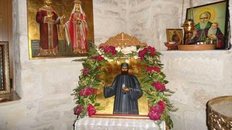 Μετά το θαύμα με τον ανιψιό του έχτισε Ναό του Αγίου Εφραίμ (φωτό)