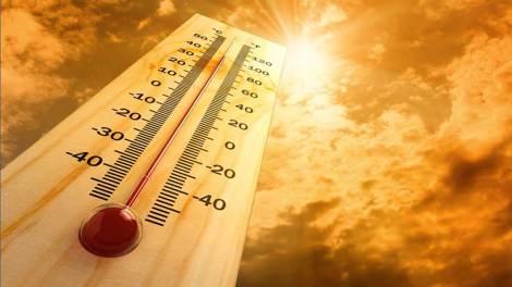Καύσωνας με 40άρια και αφρικανική σκόνη έως τη Δευτέρα