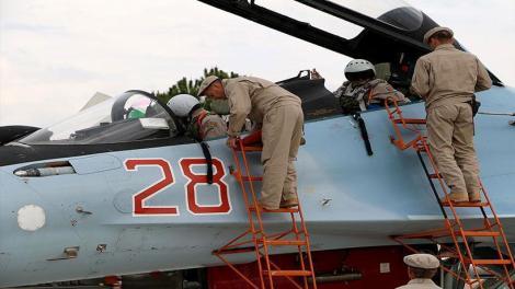 Ρωσικές δυνάμεις παίρνουν θέσεις μάχης για Συρία