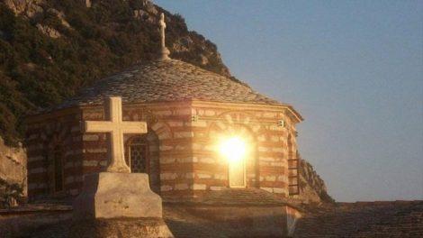 Τι κάνει η Εκκλησία, ρωτούν οι άπιστοι συνεχώς