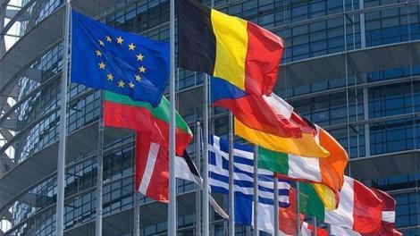 Η Ε.Ε., η πανδημία και ο τετραγωνισμός του κύκλου