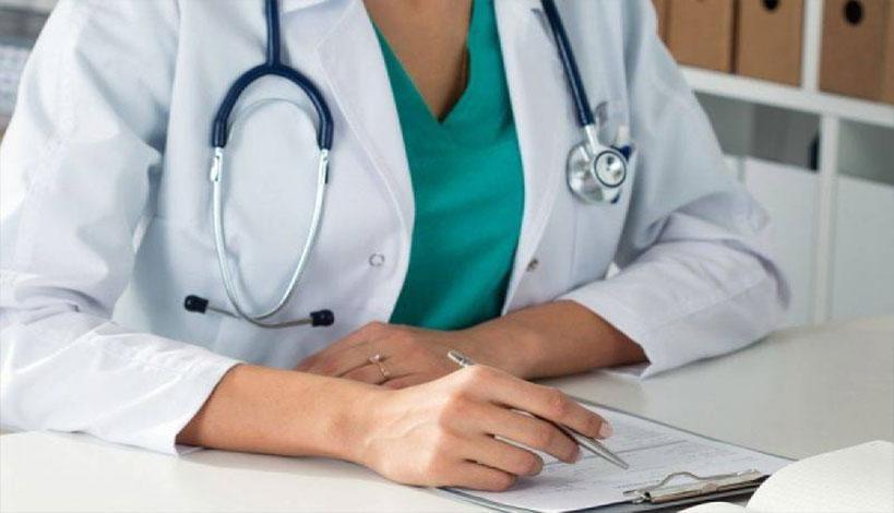 Συγκέντρωση διαμαρτυρίας στο ΑΧΕΠΑ - Ενίσχυση του ΕΣΥ ζητούν οι νοσοκομειακοί γιατροί