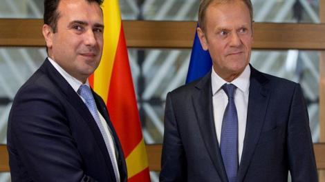 Μεγάλη «επιτυχία» της κυβέρνησης - Τουσκ και η ΕΕ ονομάζουν τα Σκόπια «Μακεδονία» (σκέτο) και τους κατοίκους «Μακεδόνες»