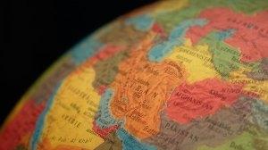 Κόσμος | Φονικός σεισμός στα σύνορα Τουρκίας - Ιράν