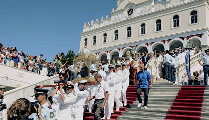 Η Ελλάδα γιορτάζει την Κοίμηση της Θεοτόκου