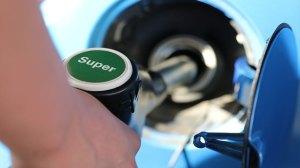 Κερδισμένοι και χαμένοι από την εκτόξευση της τιμής του πετρελαίου