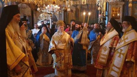 Άγιον Όρος | Πατριαρχική Θεία Λειτουργία στην Ι.Μ. Ξενοφώντος (ΦΩΤΟ & ΒΙΝΤΕΟ)