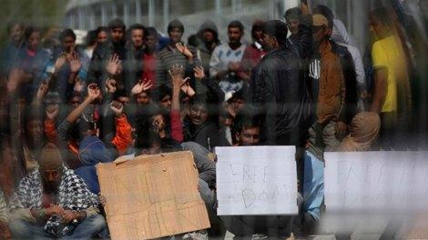 Ελλάδα | Ιδρύονται 6 κέντρα υποδοχής μεταναστών κλειστού τύπου