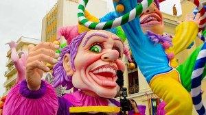Αντί να λιτανεύουμε τους Αγίους κάνουμε καρναβάλι με τους δαίμονες