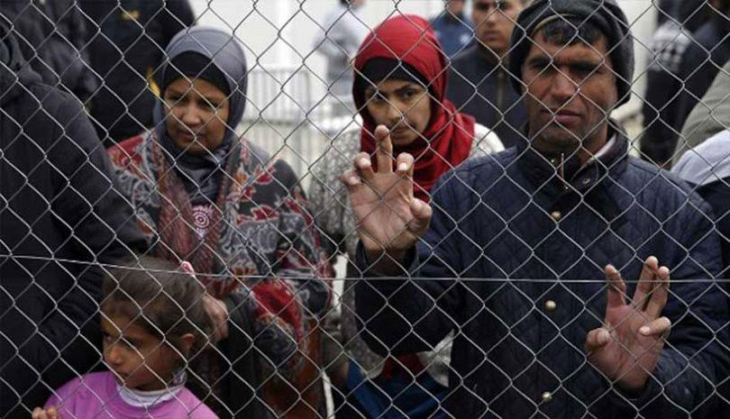 Επείγον για τη δημόσια υγεία να μεταφερθούν πρόσφυγες και μετανάστες από τα νησιά