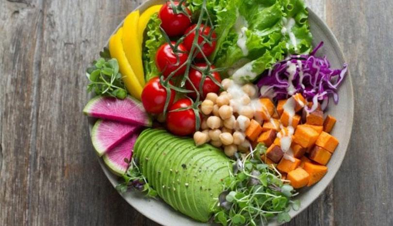 Πως η μεσογειακή διατροφή προωθεί την υγιή γήρανση των ηλικιωμένων