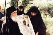Σαν σήμερα, 21 Φεβρουαρίου 1985, εμφανίστηκε η Παναγία στον Άγιο Παΐσιο
